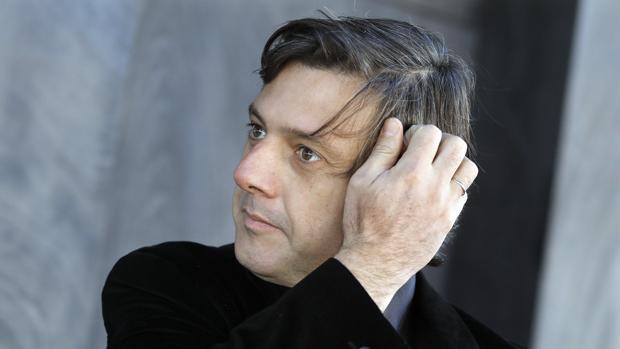 El novelista Andrés Barba, ayer en Barcelona