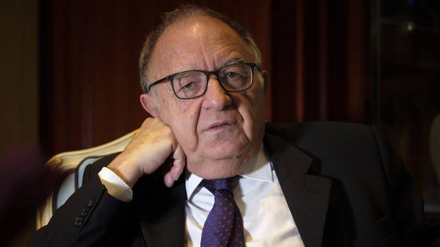 Ricardo García Cárcel: «La relación de Felipe II con el príncipe Don Carlos es un tema mórbido y crucial»
