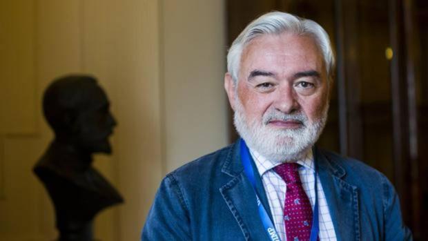 El director de la RAE Darío Villanueva