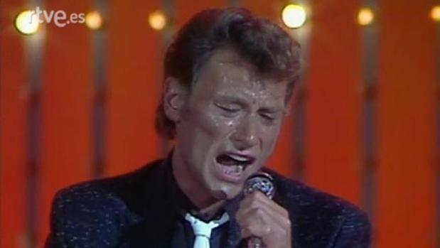 Johnny Hallyday, en una actuación para TVE recogida por «Cachitos de hierro y cromo»