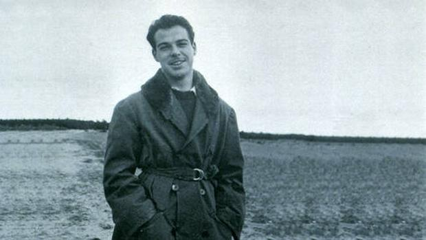 Jaime Gil de Biedma en una foto de juventud