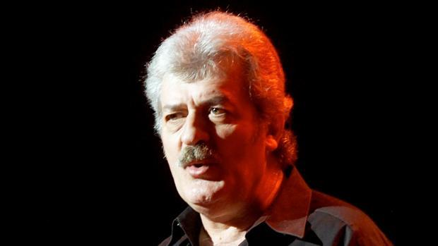 El flautista, vocalista y cofundador de The Moody Blues, Ray Thomas, ha muerto a los 76 años