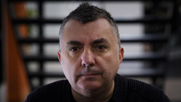 El escritor Manuel Vilas, fotografiado poco después de la entrevista en Madrid