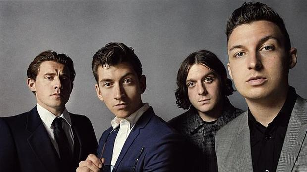 Jamie Cook, Alex Turner, Nic O'Malley y Matt Helders, los cuatro Actic Monkeys