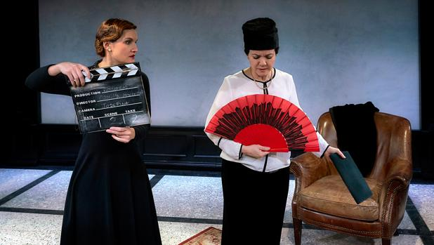Ana Cerdeiriña y Carmen Gutiérrez, en un momento de la obra