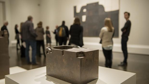 Obras de Chillida en las salas del Meadows Museum de Dallas
