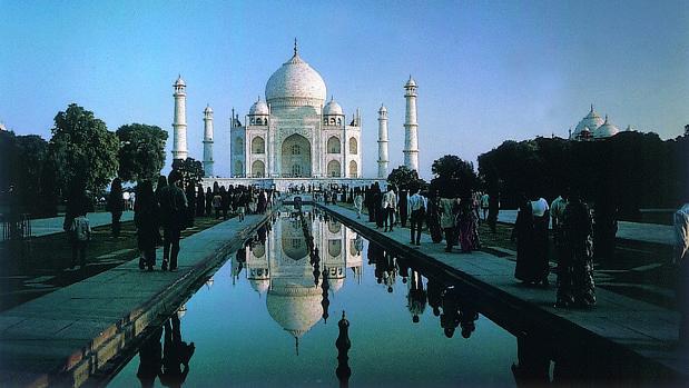 El Taj Mahal fue declarado Patrimonio de la Humanidad en 1983 y es una de las siete maravillas del mundo