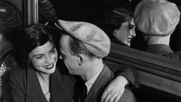 «Le Bal des Quatre-Saisons, rue de Lappe» (1932)
