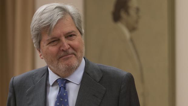 El ministro de Cultura Íñigo Méndez de Vigo, durante su comparecencia ante la Comisión de Cultura del Congreso