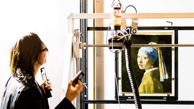 Comienza el escaneado de «La joven de la perla», de Vermeer