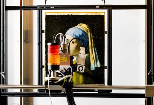 Un escáner MACRO-XRF, frente la pintura
