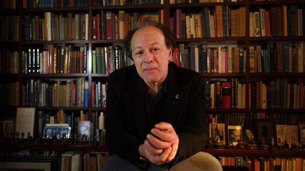 Javier Marías: «Estamos hechos de lo realmente vivido y de lo experimentado a través de las ficciones»