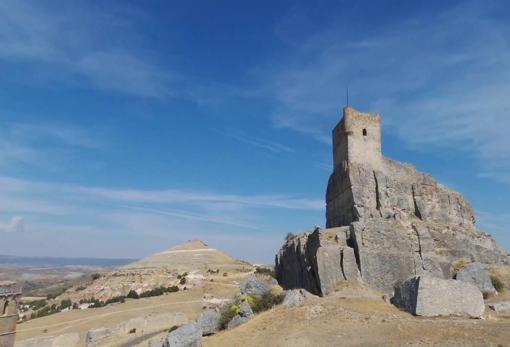 Castillo de Atienza, donde Alfonso VIII fue protegido de niño