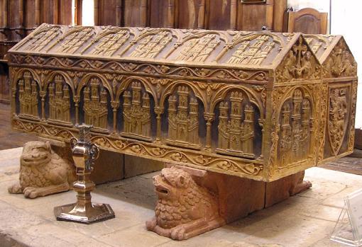 Sepulcro de Alfonso VIII y su esposa, Leonor de Plantagenet, en Burgos