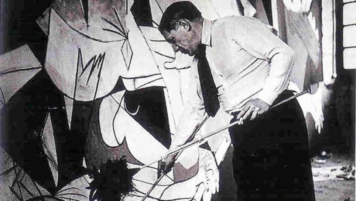 Afirman que el «Guernica» no tiene nada que ver con el bombardeo de la ciudad vasca