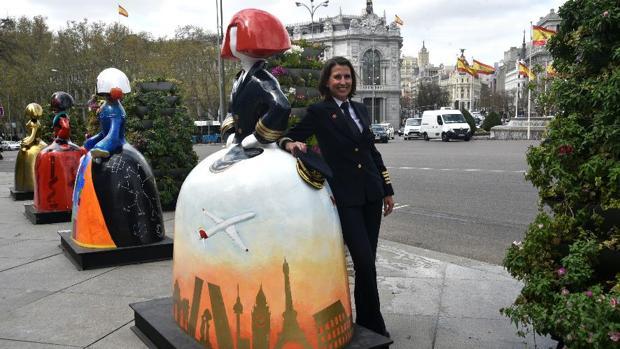 La «Menina Comandante», ubicada junto al Ayuntamiento de Madrid