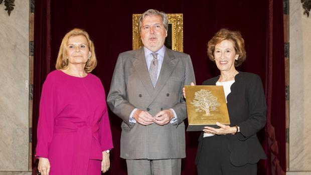 Carme Riera, Íñigo Méndez de Vigo y Julia Navarro