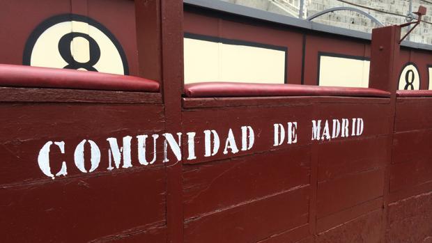 Burladero con trapío para la Comunidad de Madrid en terrenos del «8»