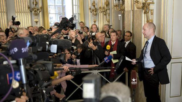 Peter Englund, que ya ha abandonado la Academia, anuncia el Nobel de Literatura en 2009