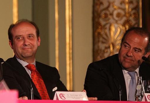 Joaquín Moeckel, con Luis Corrales, en el Foro de ABC en el Liceo en 2010