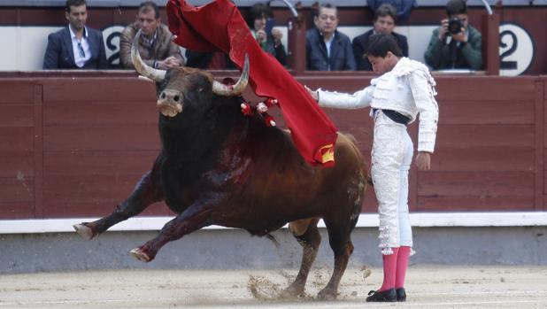 Francisco José Espada, firm e en u pase por alto