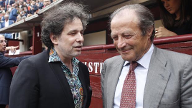 Andrés Calamaro y Fernando Domecq, en el callejón