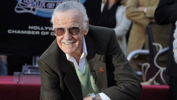 Stan Lee en la inauguración de su estrella en el Paseo de la Fama en el Hollywood en 2011