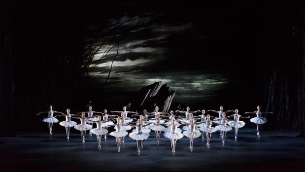 «El lago de los cisnes» del Royal Ballet