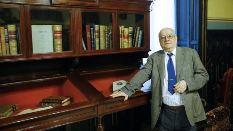 Federico Corriente: «La Academia no puede seguir siendo un geriátrico»