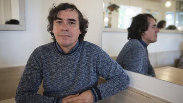 El escritor rumano Mircea Cartarescu, fotografiado en Madrid poco antes de la entrevista