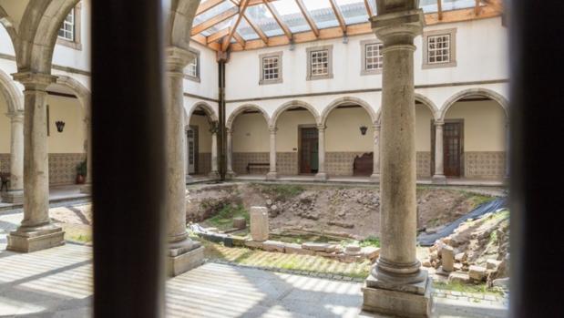 La colección, hallada en una casa en Braga, se exhibe en el Museo Pío XII de la ciudad portuguesa