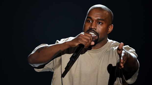 Kanye West durante un concierto