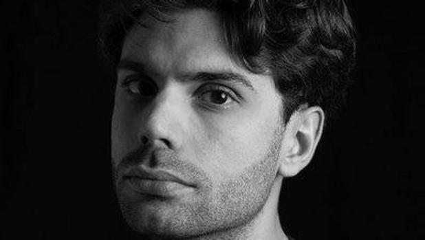 El joven autor Enrique Llamas
