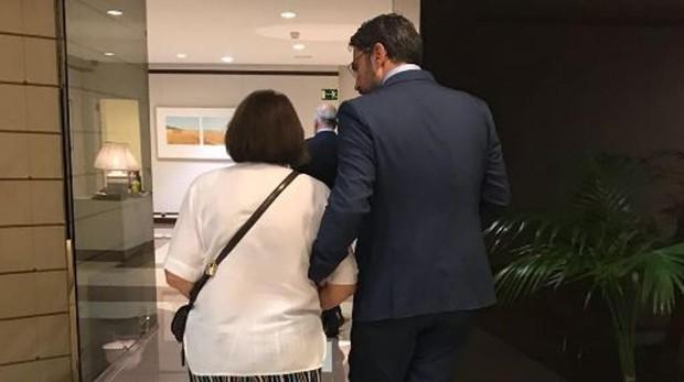 Màxim Huerta con su madre