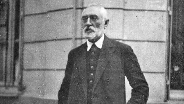 Miguel de Unamuno, fotografiado en París