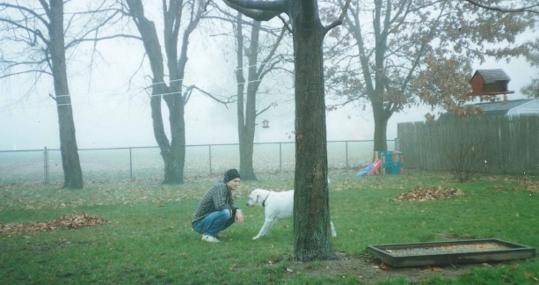 Curtis Dawkins con su perro Bailey