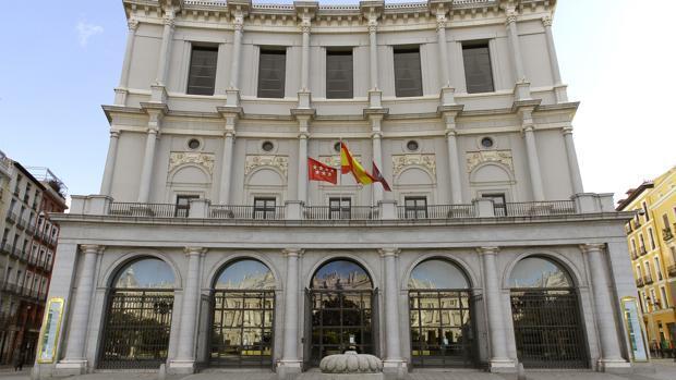 Fachada del Teatro Real en la Plaza de Oriente