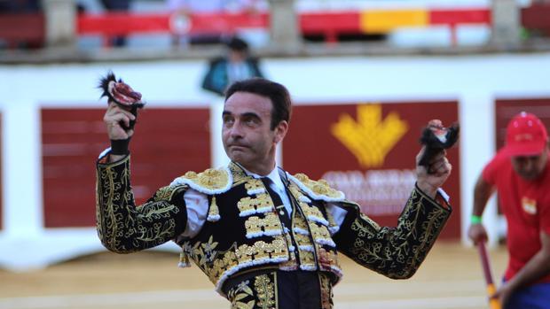 Enrique Ponce, en imagen de archivo