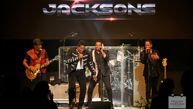The Jacksons, anoche durante su actuación en Barcelona