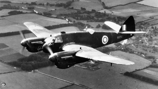 Un avión con radar incorporado de la RAF británica