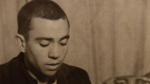 Miguel Hernández interviene en la emisora del 5º regimiento (1936)