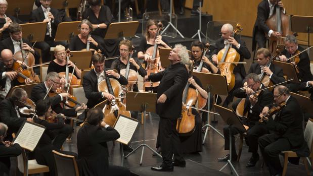 Simon Rattle, durante el concierto de la Sinfónica de Londres en Santander