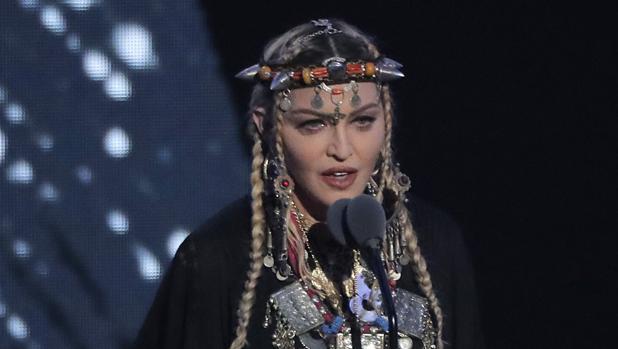 Hemeroteca: El egocéntrico homenaje de Madonna a Aretha Franklin en donde solo habla de sí misma | Autor del artículo: Finanzas.com