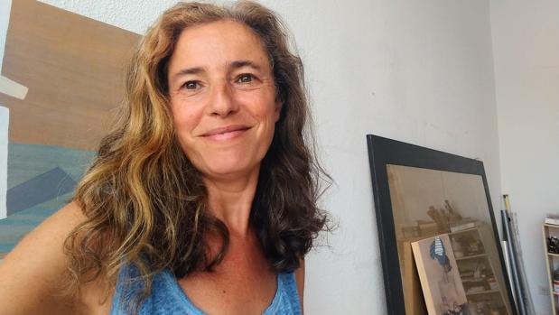 Montse Gómez Osuna en su estudio