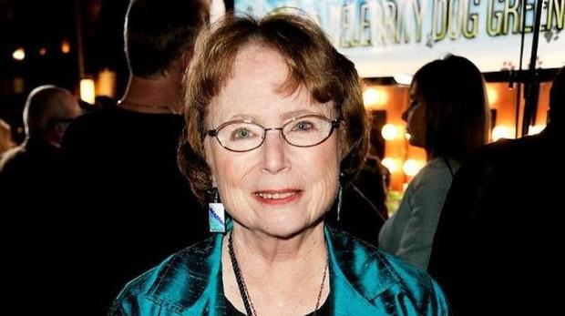 Lois Duncan, una de cuyas hijas fue asesinada a tiros cuando era adolescente