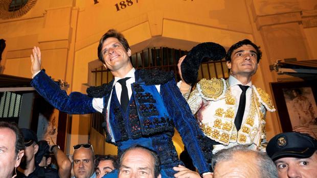 El Juli y Paco Ureña salen a hombros en la Condomina