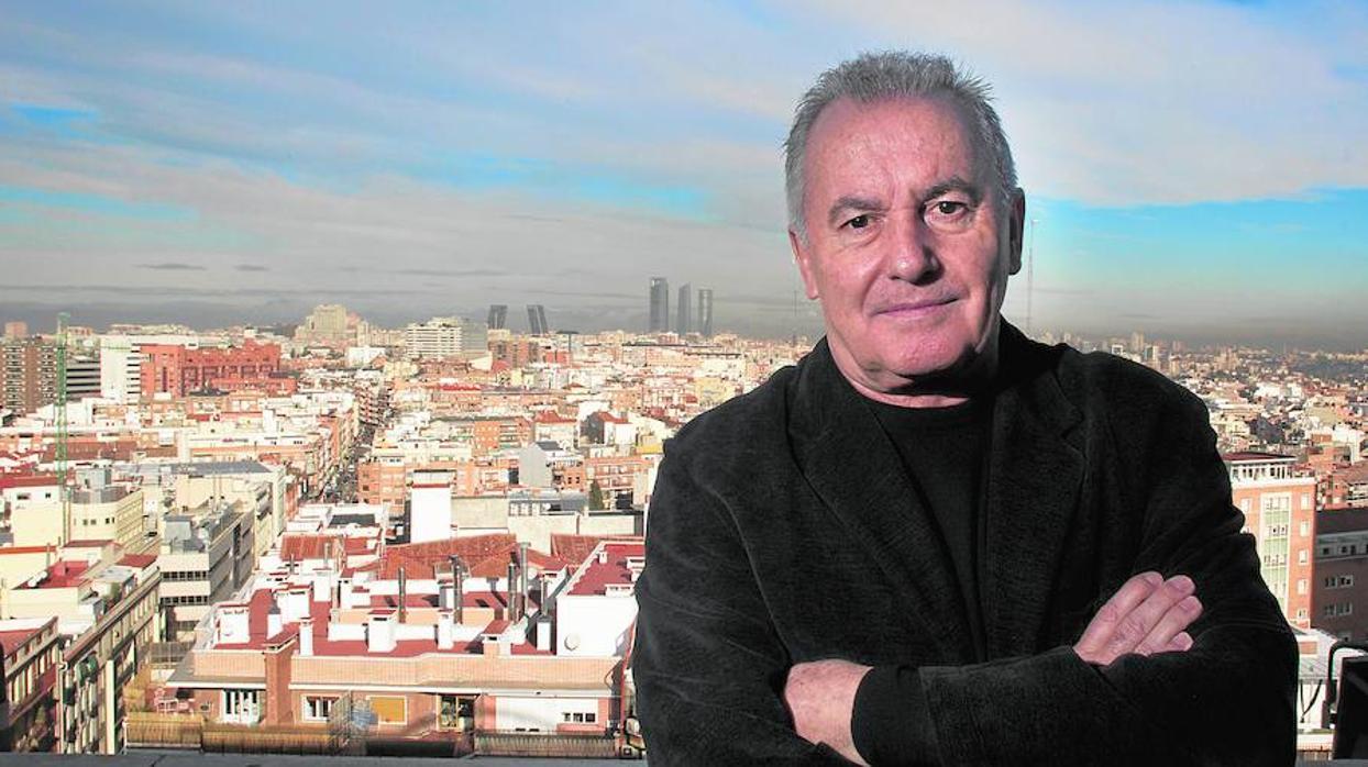 Víctor Manuel sale de gira con su primer disco original en diez años
