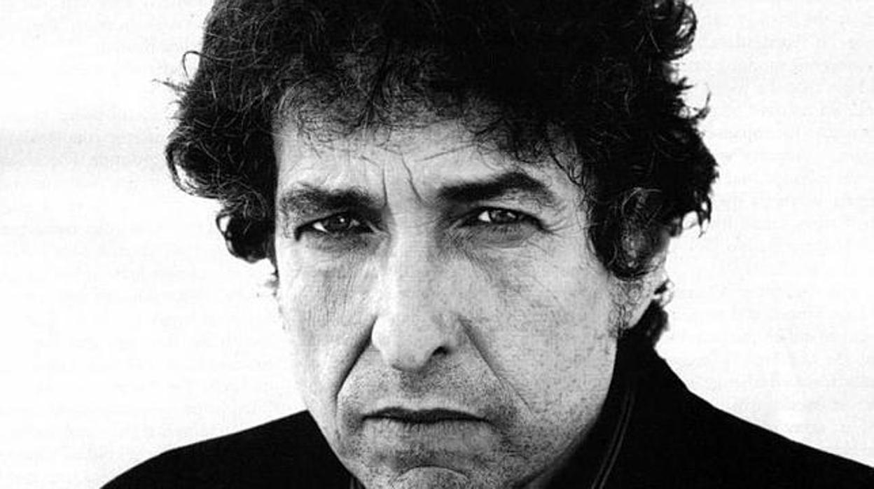 Bob Dylan recupera material inédito de «Blood On The Tracks» en su nuevo disco