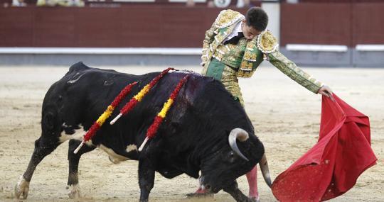 Pablo Mora, al natural con Jurista