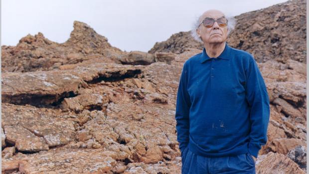 José Saramago, fotografiado en Lanzarote